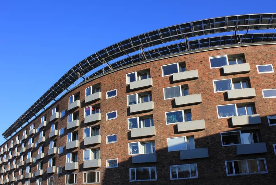 Advantages and Disadvantages of Living in Large Apartment Blocks