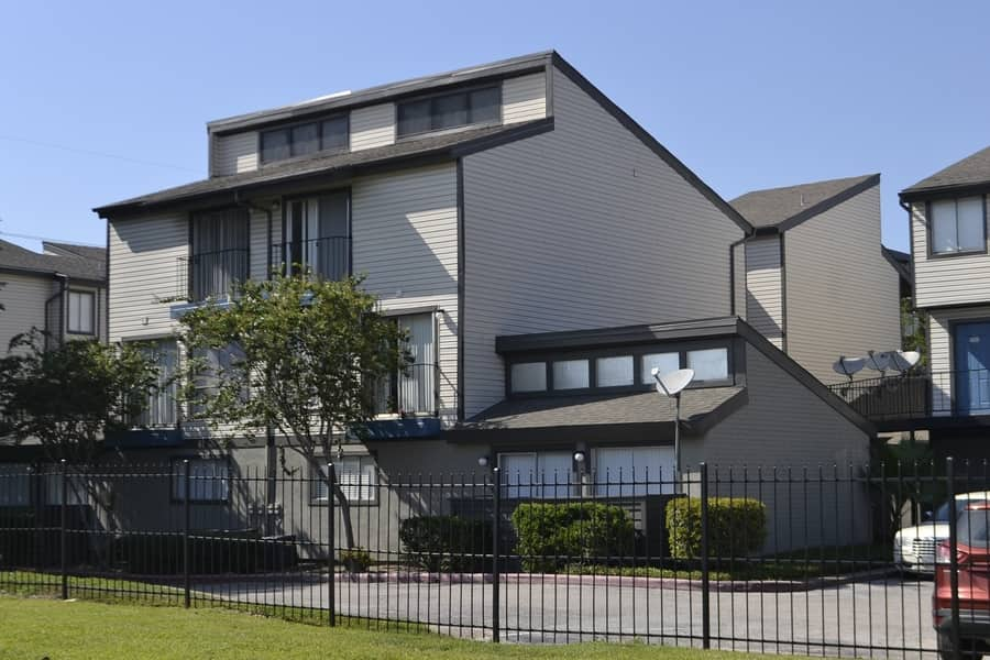 Duplex vs. Apartment - 1