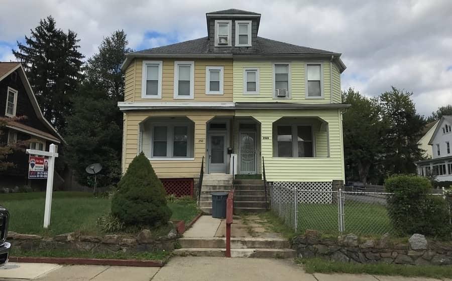 Is a duplex a house or an apartment - 1