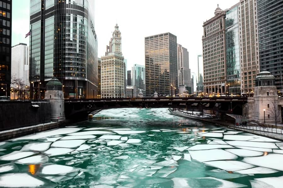 The frozen Chicago river 2