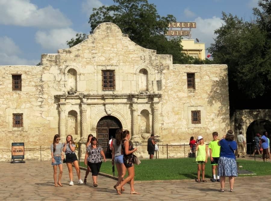 Tourists visiting the Alamo in San Antonio, Texas